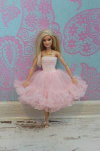 pettiskirt barbie sukienka dla barbie 200x300 pettiskirt barbie sukienka dla barbie
