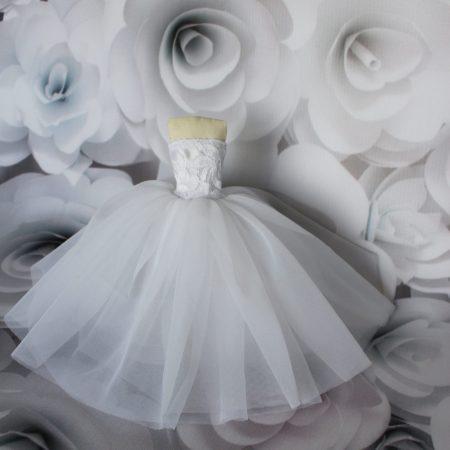 suknie ślubne dla lalek barbie na allegro