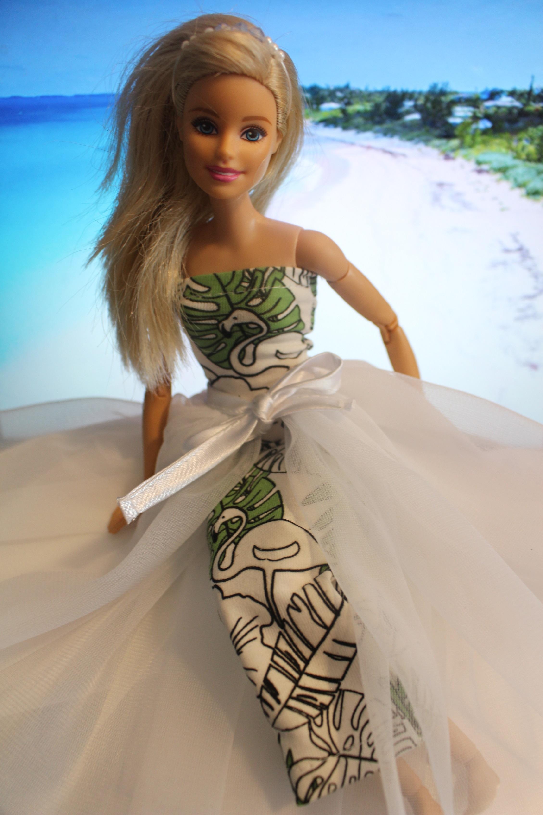 Suknia ślubna Zmieniająca Kolor Dla Barbie Dorota Zgodzaj
