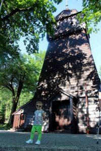 koszulka zmieniająca kolor4 200x300 Fotoreportaż ze Szlaku Architektury Drewnianej województwa śląskiego  Kościoły