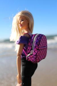 Akcesoria dla barbie różowy plecak e1531763067858 200x300 Gdzie na wakacje w Polsce z dzieckiem