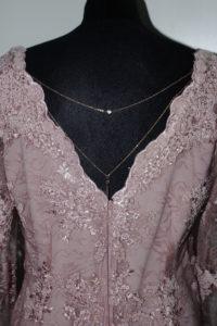 koronkowa suknia z łańcuszkiem 200x300 Galeria i opinie