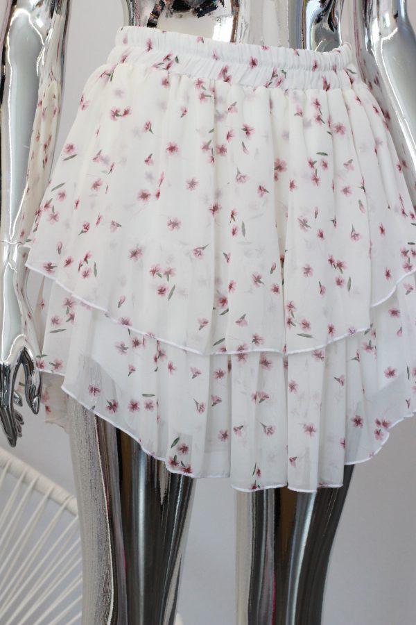 spódniczka szyfonowa biała w kwiaty z falbankami