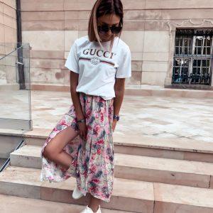 długa spódnica z rozcięciem na lato